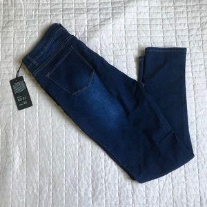 FASHION NOVA I BOB Skinny Jean